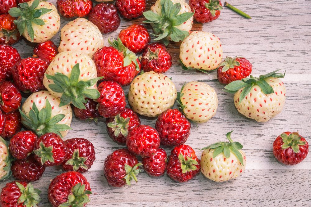 Pineberries & Strasberries